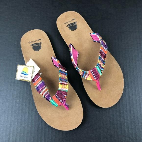 0073b2e3aa68d4 NEW Maui Island Frayed Flip Flops 9M